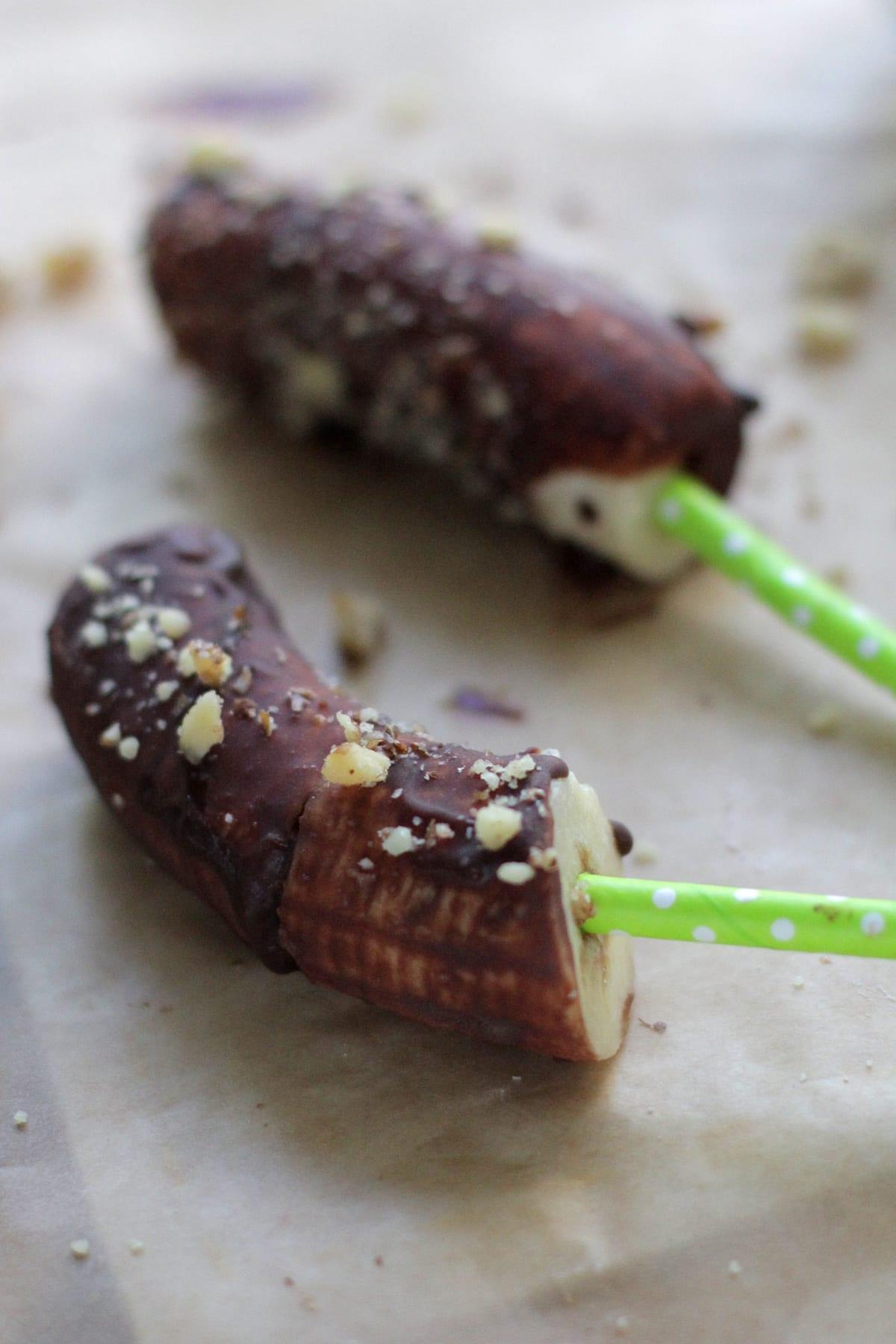-chocolate-banana-pops-recipe