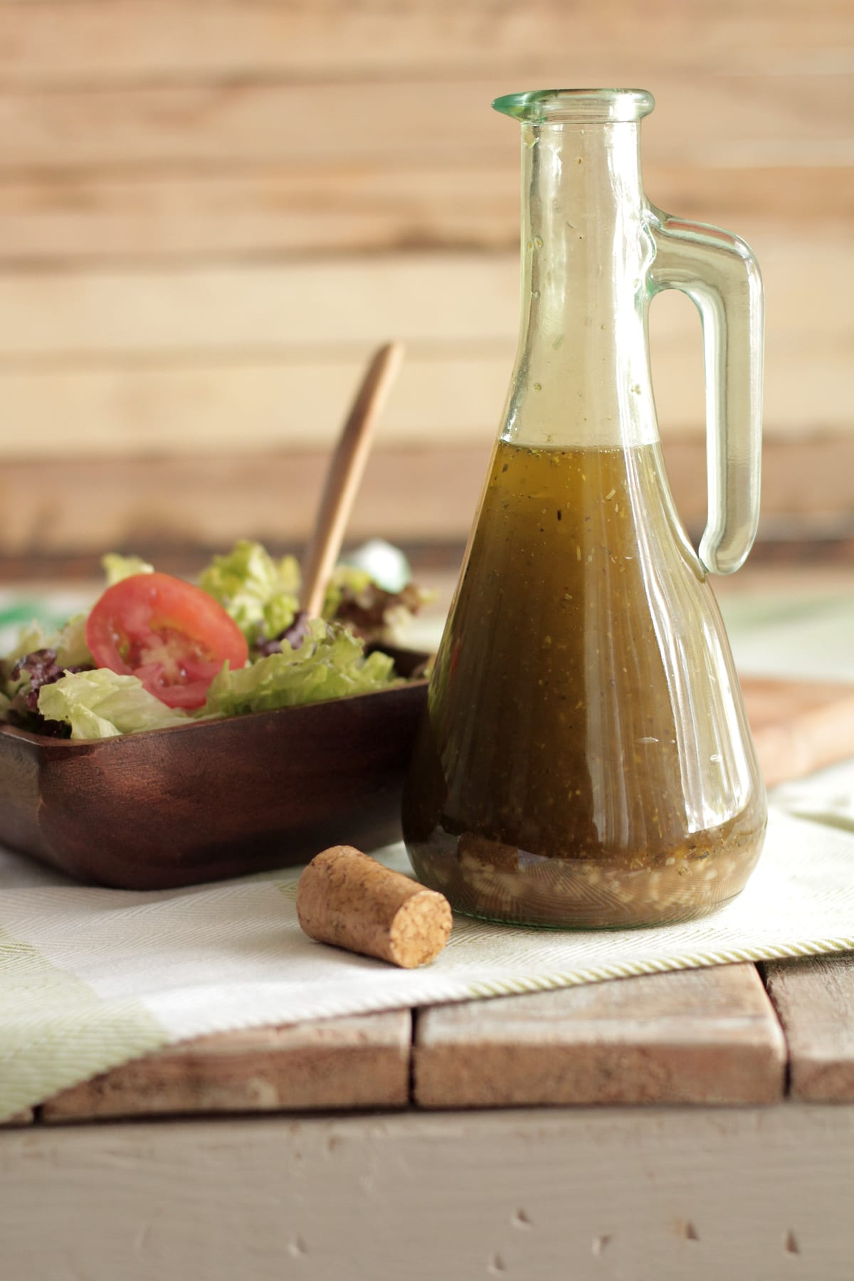 The best homemade vinaigrette salad dressing live simply - Homemade vinegar recipes ...