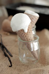 The BEST homemade vanilla bean ice cream