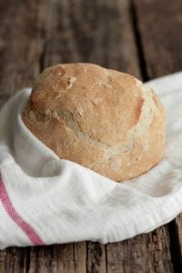 simple crusty homemade bakery bread