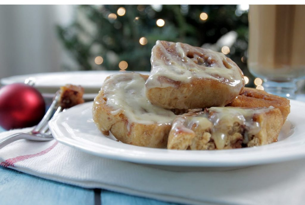 Homemade Overnight cinnamon rolls