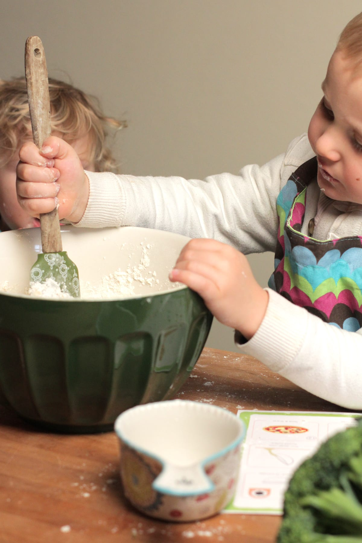 real-food-kids-in-kitchen