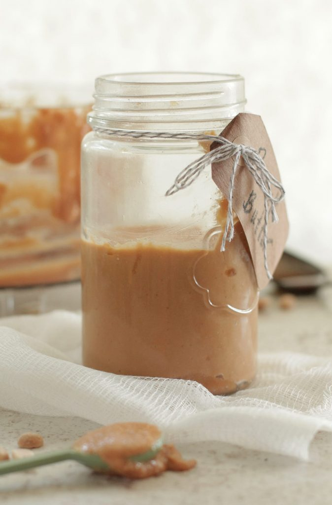 Creamy Homemade Peanut Butter. Best peanut butter I've ever had! So easy to make.