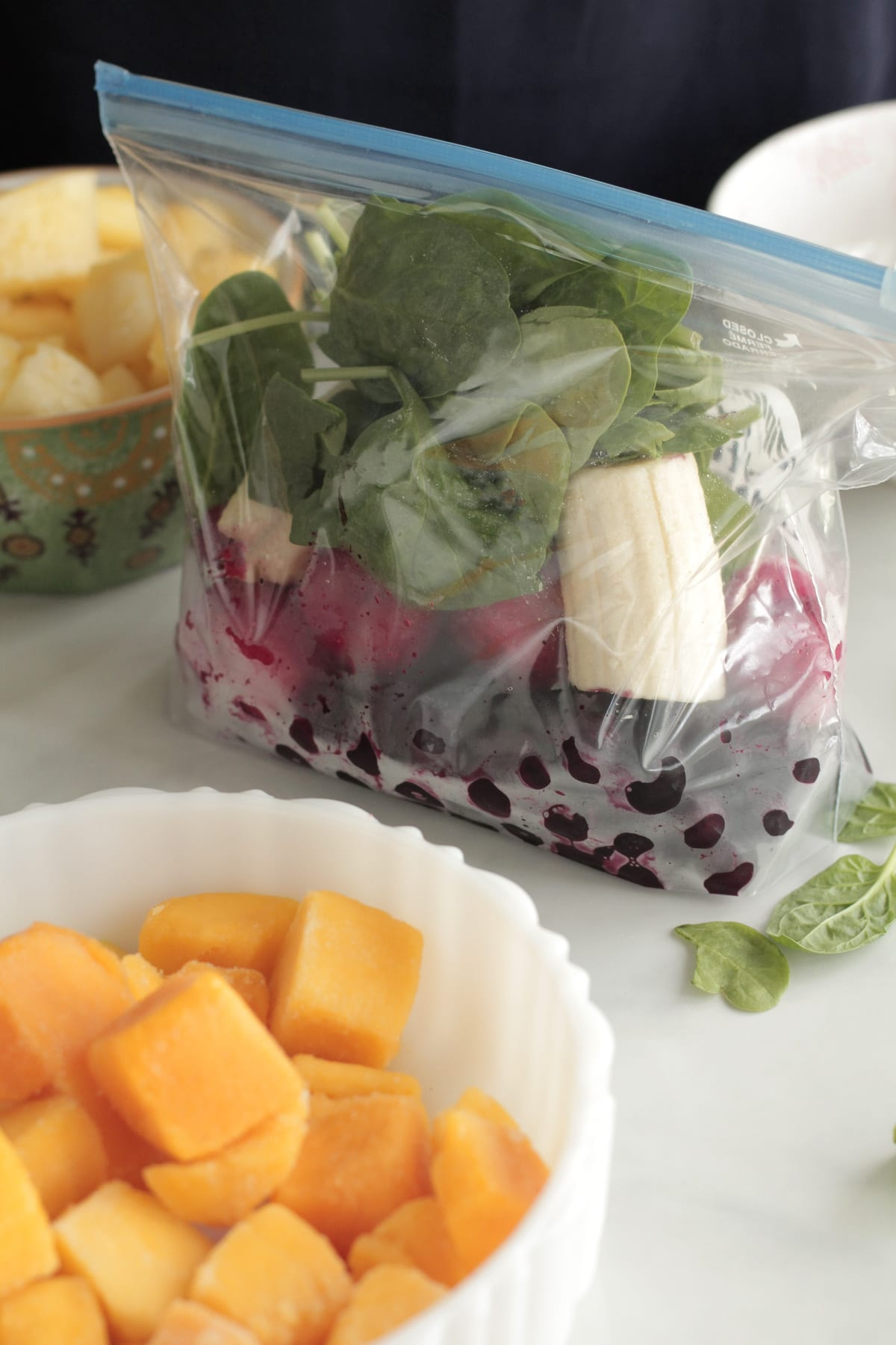 Diy freezer smoothie packs 5 recipes to get you started live simply diy freezer smoothie packs and smoothie recipes save money and time with homemade freezer packs forumfinder Choice Image