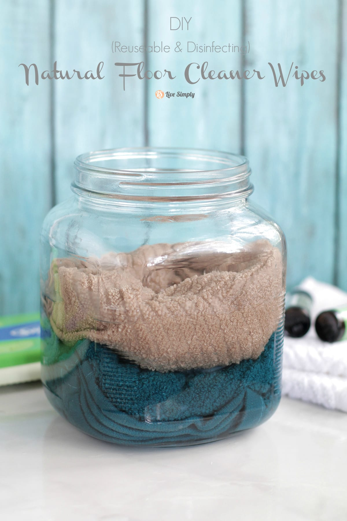 DIY natural floor cleaner wipes made for a Swiffer! Only a few natural - DIY Natural Floor Cleaner Wipes - Live Simply
