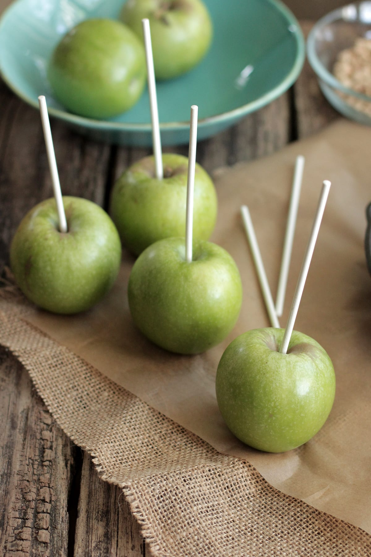 WOW!! My kids love these and they are the perfect fall gift. Homemade Caramel Apples (real food style)