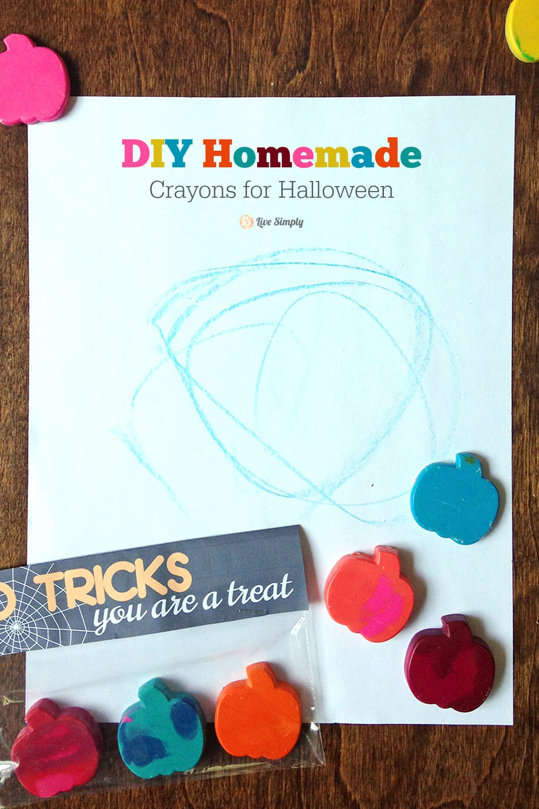 DIY Homemade Crayons for Halloween + Printable