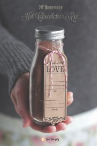 Homemade Hot Chocolate Mix (without refined sugar or milk powder)