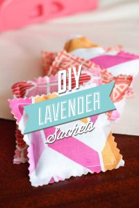 DIY Lavender Sachets: A super easy DIY to help freshen your drawers, and help you sleep!