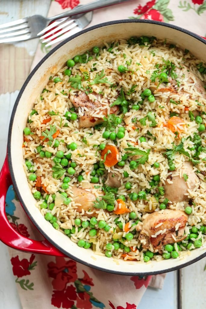 15 Budget-Friendly Recipes That Won't Leave You Hungry - One Pot Chicken, Rice and Vegetables