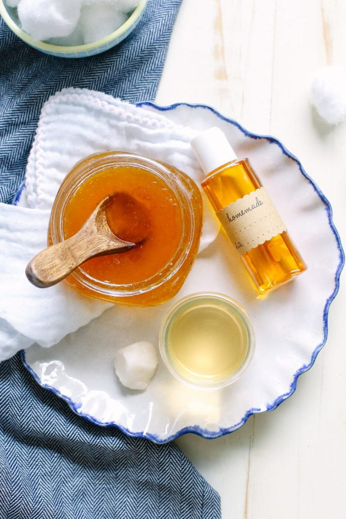 My All-Natural Fall Skincare Routine. Three super easy homemade recipes for fall and winter skincare. Homemade ingredients!