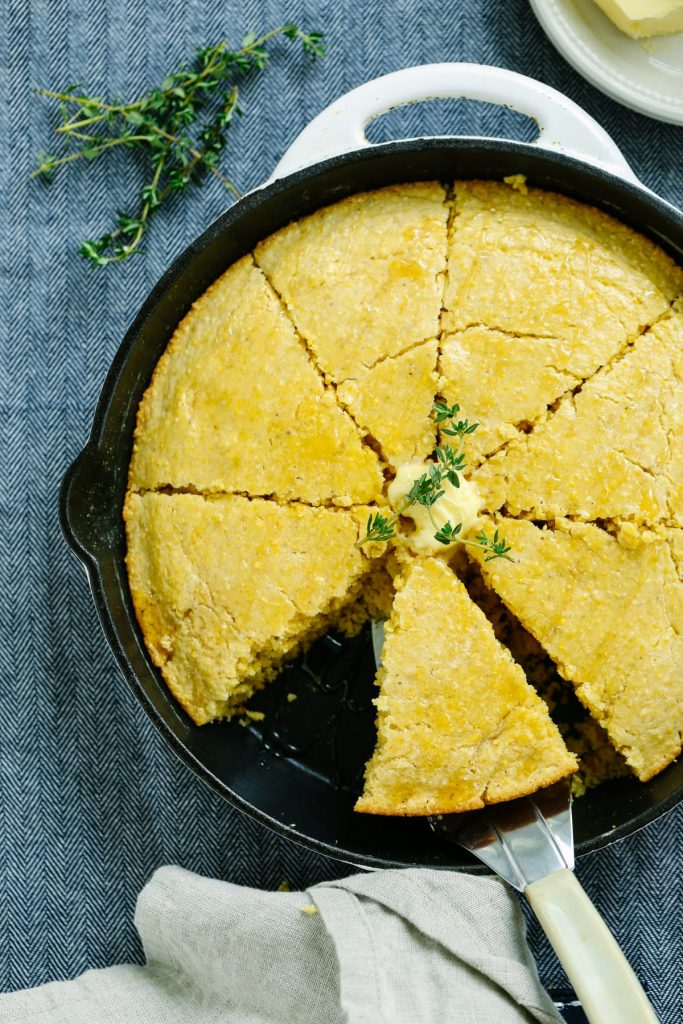 Easy Homemade Skillet Cornbread: Super easy recipe with only REAL FOOD ingredients!