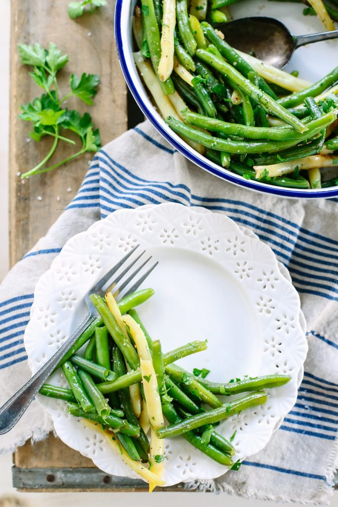 These are simply the BEST green beans EVAH! So simple and easy like dinner should be!