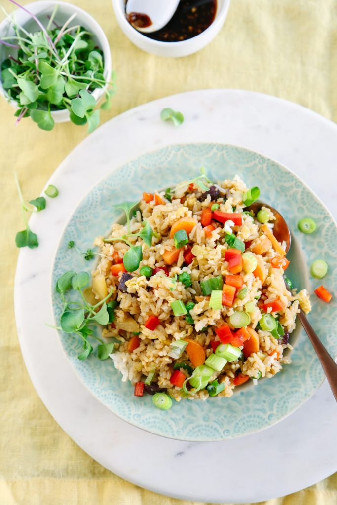 By easily prepping your rice a head of time, this 15-Minute Vegetarian Fried Rice recipe will soon become a family favorite as an easy dinner idea every week!