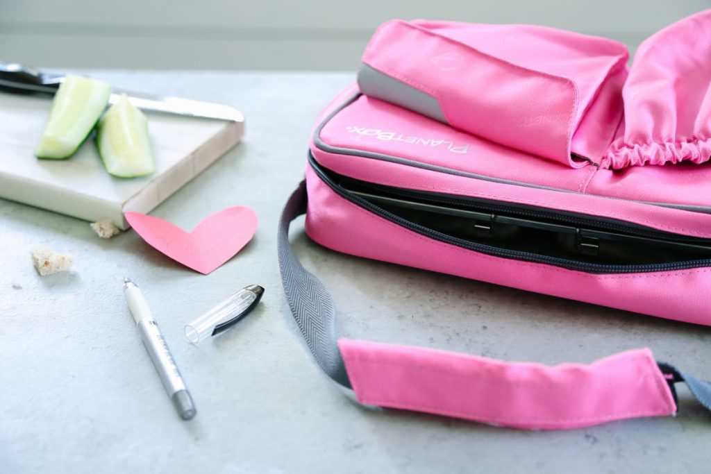 Love this minimalist approach to lunch gear. Simple lunch gear options that will last for years!