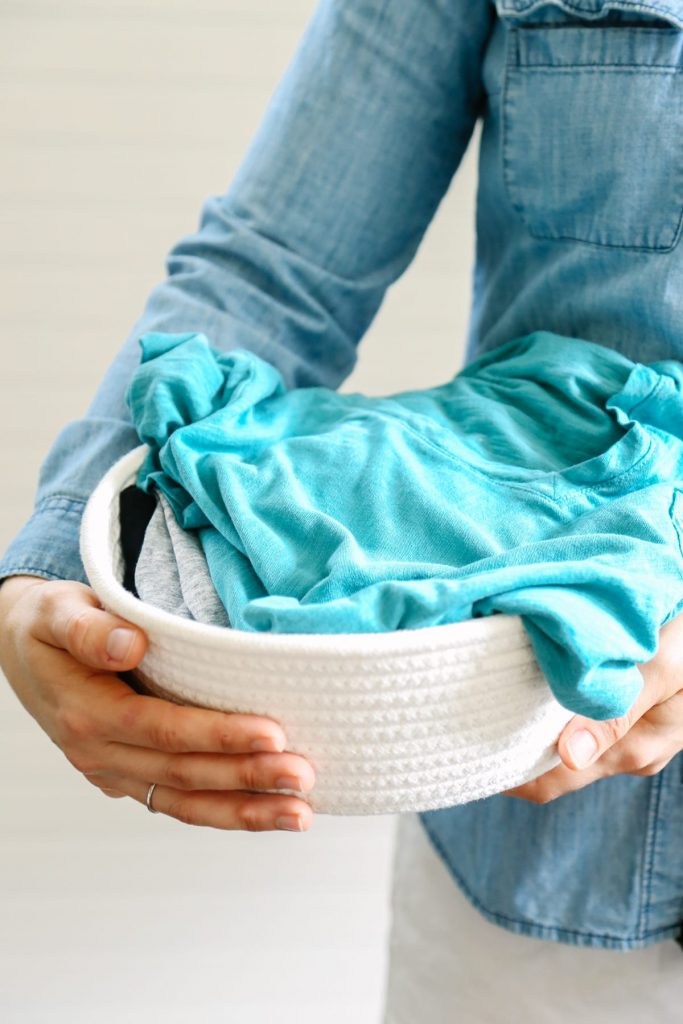 how to get grease out of clothes naturally