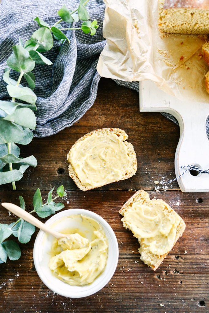 An easy homemade bread recipe using an ancient whole grain: einkorn!