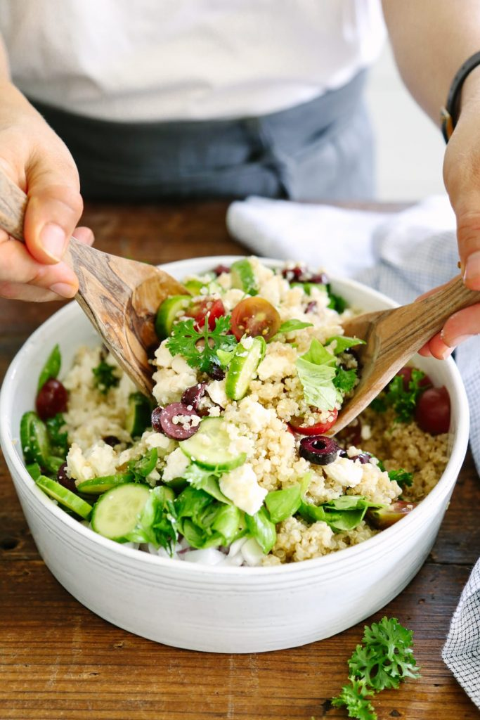This easy quinoa salad is awesome to prep in advance and enjoy all week long for lunch, or dinner. Simple and healthy, plus a very simple homemade dressing.