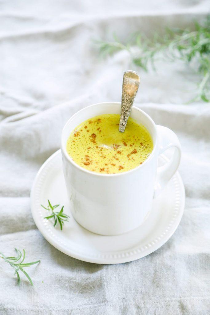 How to Make a Turmeric Latte (Golden Milk)