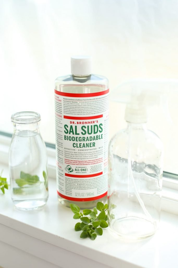 A simple all-in-one (more natural) cleaning spray: lifts dust and dirt, breaks down grease, disinfects toilets, and cleans windows/mirrors. It works!