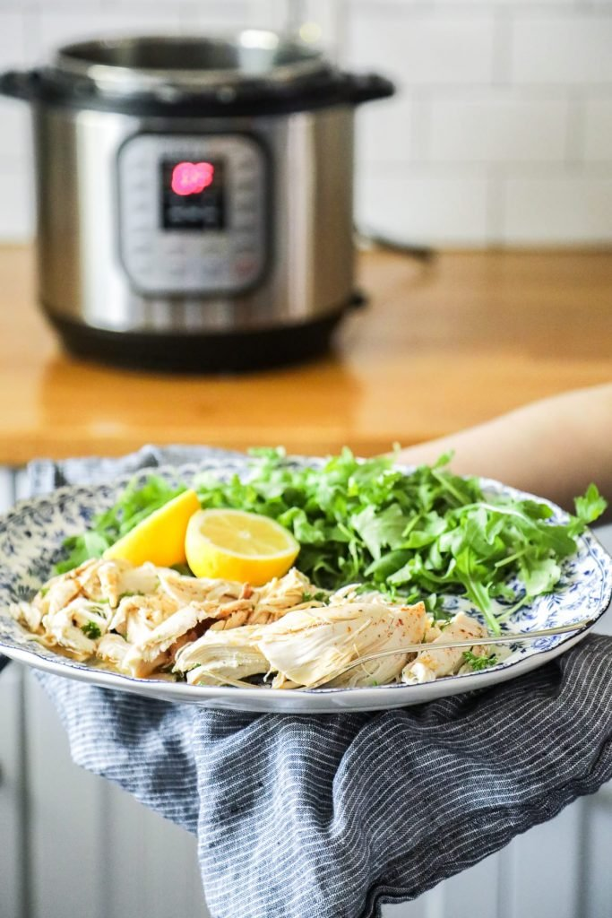 how to cook a whole chicken in a crock pot