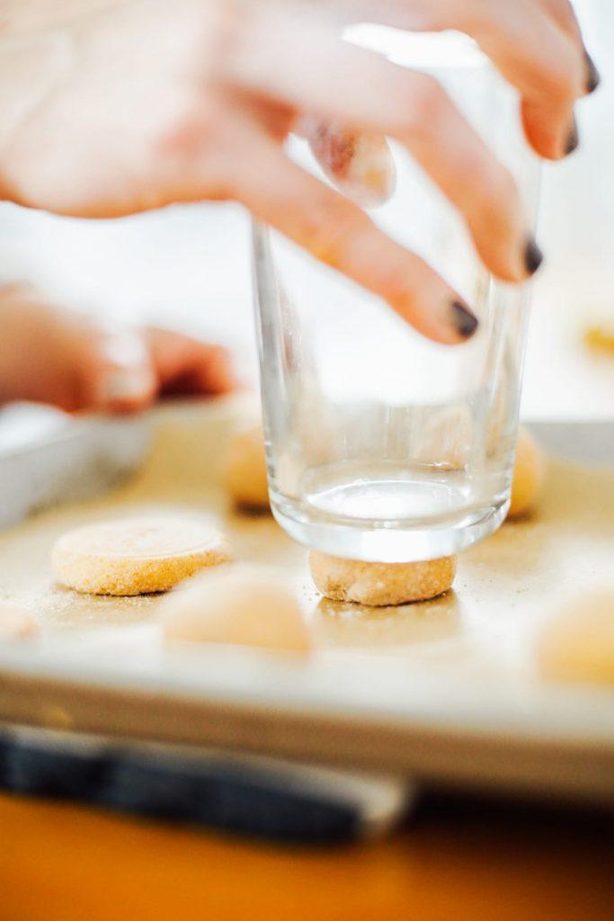 flattening snickerdoodle cookie dough