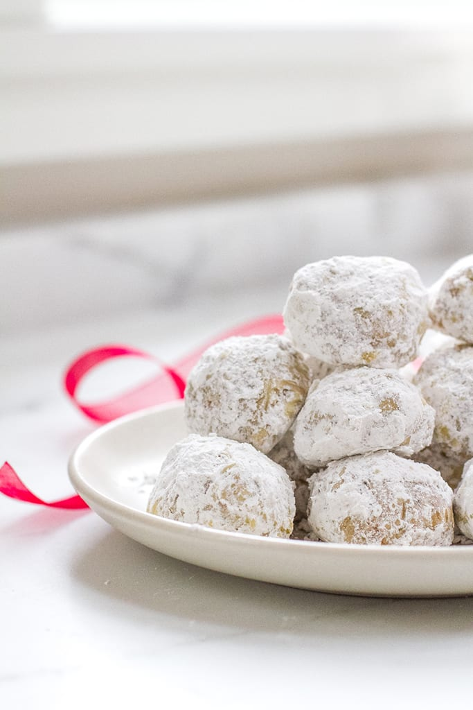 einkorn snowball cookies from Jovial Foods