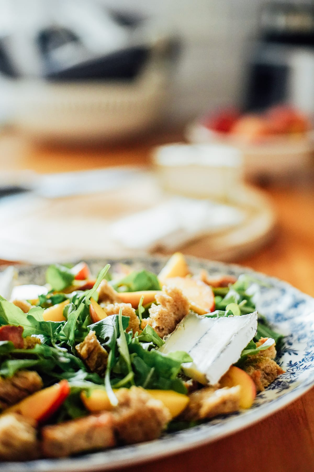 Arugula-Peach Salad with Lemon Vinaigrette