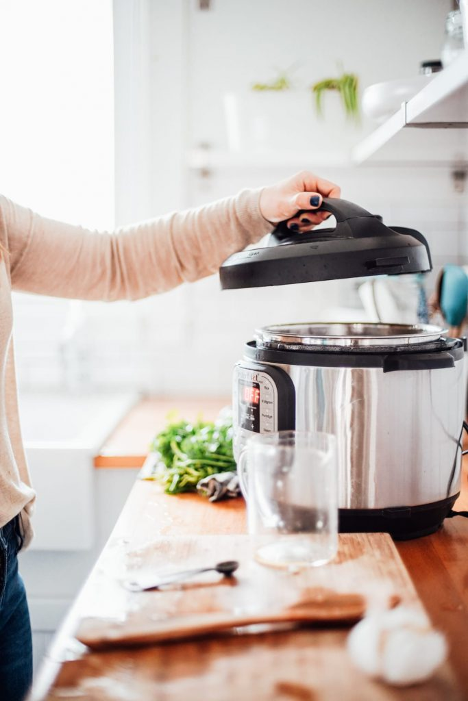 opening Instant Pot lid
