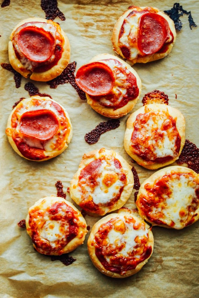 mini pizzas for the lunchbox