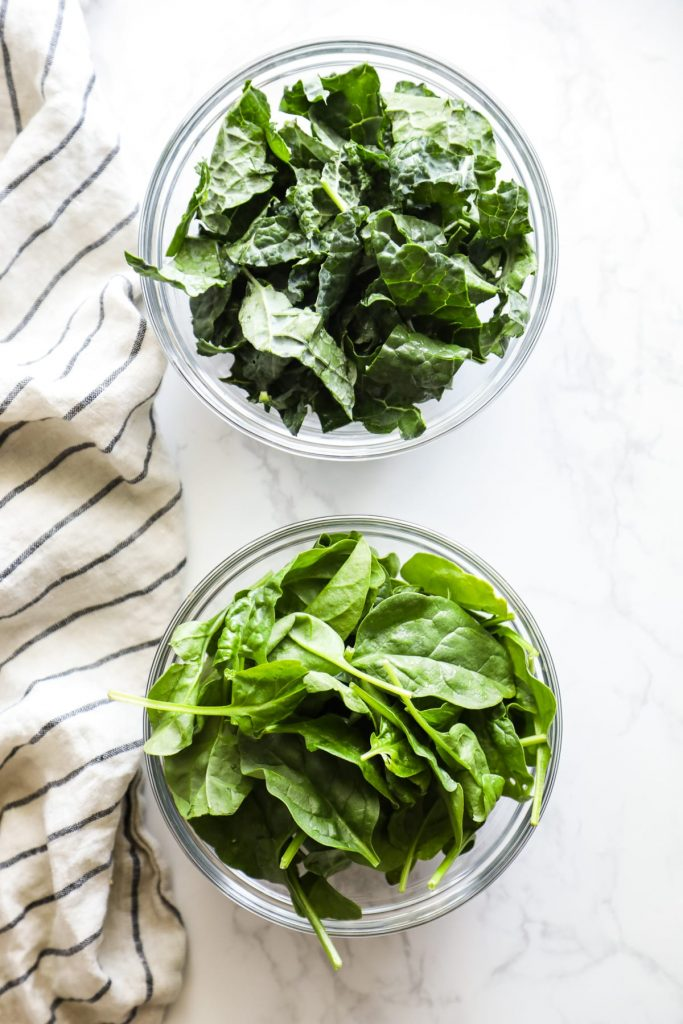 adding leafy greens to smoothies