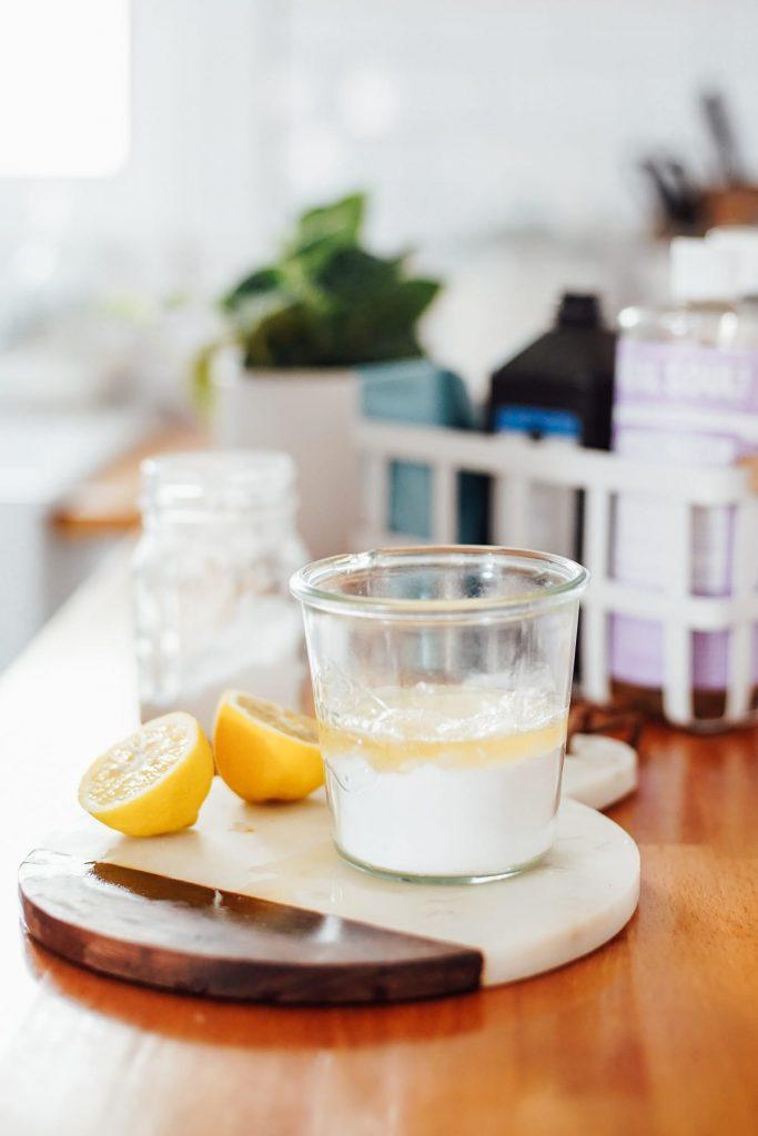 DIY tub and sink scrub ingredients