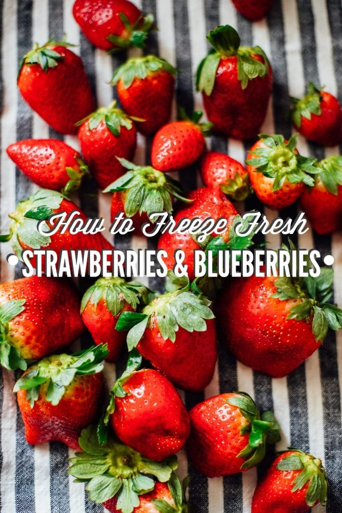 How to Freeze Fresh Strawberries and Blueberries